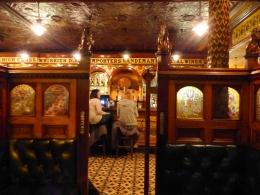Crown Liquor Saloon - Belfast